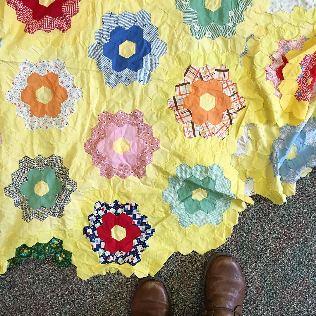 This Is My Neighbors Grandmas Wipbrought To Me To See If I Can Take It From Incomplete Flimsy To Finished Quilt For Them Interesting Challenge Beautiful Quilt 25984662686 O